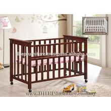 Cuna de madera, cama de bebé