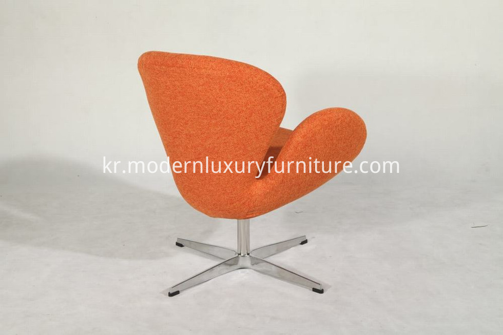 fritz hansen swan chair