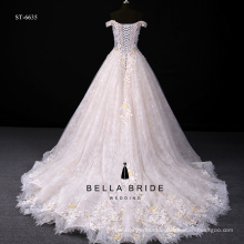 Royal style gold folowers appliqued ball gown quinceanera dress with court train