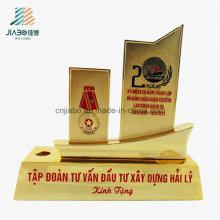 Gratis muestra de aleación de esmalte Veitnam personalizada de oro Militarty Souvenir Trophy