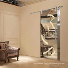 Деревянная зеркальная дверь с верхней гусеницей