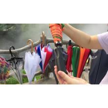 Werbe-Golf-Premium-Logo druckt maßgeschneiderte Druckschirme, indonesische Knopfersatzteile für Regenschirme