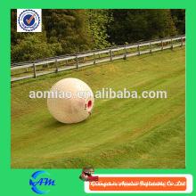 Bola humana plástica del hámster del tamaño para la bola del rodillo del vidrio del nuevo diseño de los puntos del color para la venta