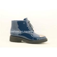 Nouvelle chaussure en cuir décontractée pour femme