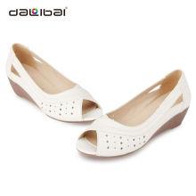 Latest nude unique tennis rubber sole women beach sandals shoes