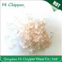 Chips de vidrio rosa triturado