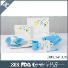 Decal elegante flor design fino cerâmica azul e branco chinês dinnerware