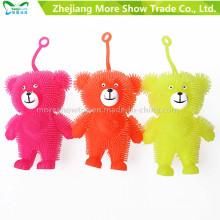 Ilumina el juguete plástico para niños de bolas de osos de plástico suave