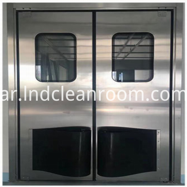 Stainless steel medical door installed in clean room