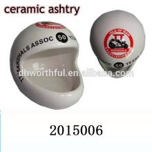 2016 novo estilo capacete design cerâmico portátil cinzeiro