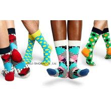 Fabrik anpassen 2016 Mode hochwertige Männer und Frauen glücklich Gestrickte Socken