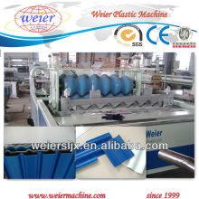 eine Schicht drei Schichten PVC-Wellblech, das Maschine herstellt
