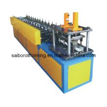 Máquina formadora de parafusos de aço leve