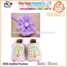 Design attrayant doux fascinant chaussures en cuir pour bébé
