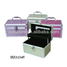 fashional&high quality aluminum beauty case with a tray inside from China factory