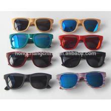 óculos de sol de armação de madeira