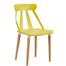 Mobilier nordique moderne en gros pas cher en plastique creux bois dinant la chaise