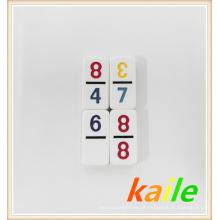 Duplo doze Number domino tema em caixa de couro