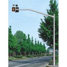 Poteaux octogonaux de rue
