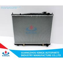 Radiador automático para Terrano ′ 97-99 E50 / R50 / Vg33 Pathf Inder / Imqx4 ′ 95-99 em