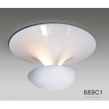 Modern High Quality Home Carbon Steel Ceiling Lamps (669C1)