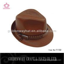 Sombrero de cuero marrón del fedora
