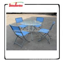 Texliles Esstisch und Stuhlset