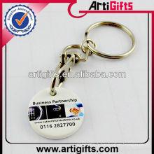 2013 Keychain de pièce de monnaie en plastique de chariot avec CMYK imprimé