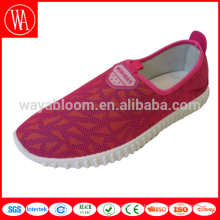 Divers slip plat dans des chaussures mocassins pour filles occasionnelles personnalisées
