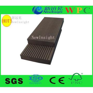 Decking de plástico de madeira compoiste com resistência UV