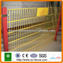 656 Powder coated Twin Wire Mesh Fence