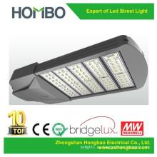 La alta calidad llevó la luz de la carretera La cubierta de aluminio IP65 de la viruta IP de LG encendió la lámpara de calle 170W 200W llevó la luz de calle
