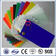plástico de poliestireno de color
