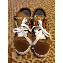 Estoque de calçados de lona de injeção de calçados esportivos casuais mais recente barato (ff328-6)