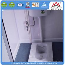 Varios tipos de baño prefabricado con lavabo ducha