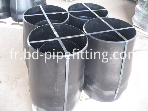 Alloy pipe fitting (254)