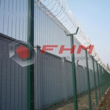 Galvaniserad Anti Cut 358 Fence Coated Green Color