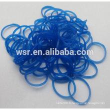 bandes élastiques synthétiques de couleur bleue transparente