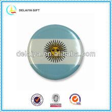 The Argentina flag tin badge