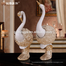 Wholesales Art Deco Bedroom decorating customized swan lovers shinning gold art resin statue