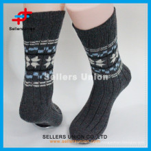 2015 new arrival Snow design men casual knitting Winter Sock