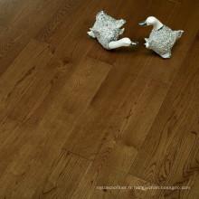 Système Click Système de plancher en bois brun Chêne