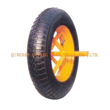 roda de borracha com borda de aço simples.