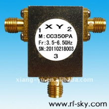 1,15 max VSWR 200MHz Largeur de bande 5.7-5.9GHz Rf Coaxial Circulateur