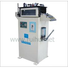 Máquina alisadora é usada principalmente em materiais finos
