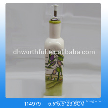 High-quality ceramic oil bottle with olive decal printing for tableware