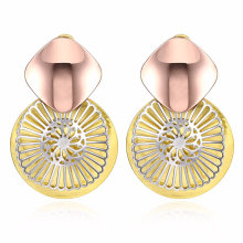 Fashion Flower Shape Gold Plated Earrings Special Design for Women