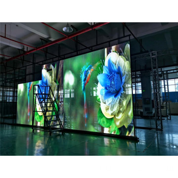 Display LED trasparente intelligente per gestione cluster