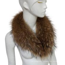 Collier de fourrure de raccoon authentique coloré à la mode