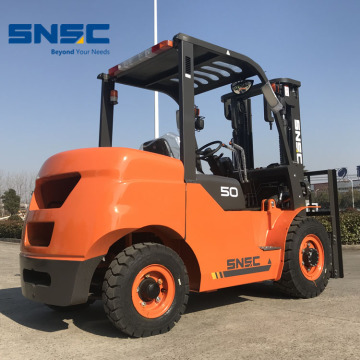 China Forklift Mini 5 Ton Diesel Fork Lift Price